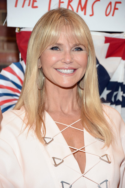 Christie Brinkley looked simply lovely wearing this straight 'do with wispy bangs at the Broadway opening of 'The Terms of My Surrender.'