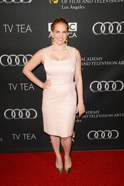 Anna Chlumsky chose a simple yet sophisticated pale pink cocktail dress for the BAFTA LA TV Tea.