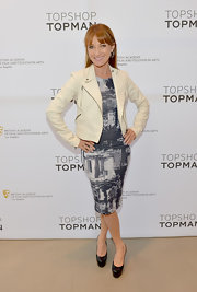 Jane Seymour chose an abstract print dress for her contemporary look at a BAFTA event in LA.