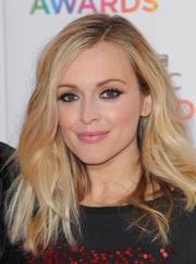 Fearne Cotton showed off edgy-glam waves at the BBC Music Awards.