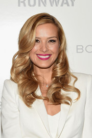 Petra Nemcova rounded out her feminine look with a hot-pink lip.