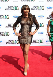 Vivica wore the standout, studded Clou Noeud slingbacks with a beaded Zuhair Murad cocktail dress.