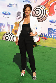 Alicia Keys added an exotic edge to her monochromatic look at the BET Awards with zebra Daffodil platforms.