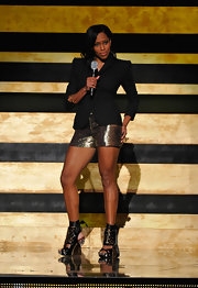 Regina King looked adorable in her glittery gold shorts at the 2012 Black Girls Rock event.