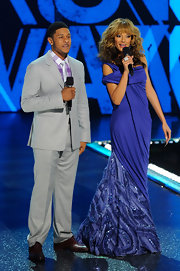 Selita Ebanks looked phenom in this draped blue gown on stage at BET's Rip the Runway.