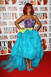 Rihanna stuck to vibrant tones at the 2011 BRIT Awards in turquoise Pigalle pumps.