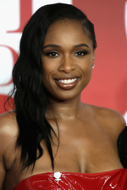Jennifer Hudson went for an edgy-glam side-swept 'do at the 2018 Brit Awards.
