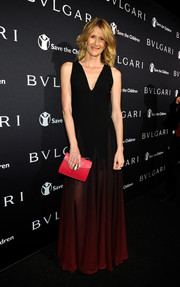 Laura Dern arrived at the BVLGARI And Save The Children Pre-Oscar Event in a stunning black and red dress with an ombre effect.