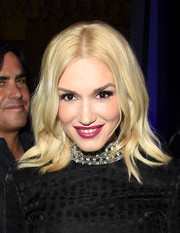 Gwen Stefani opted for a berry lip color instead of her trademark red.