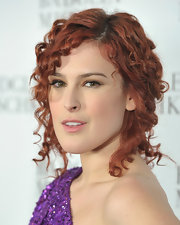 Rumer Willis rocked small ringlet curls a la Shirley Temple, to the Fall 2011 Badgley Mischka show.