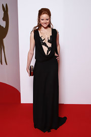 Barbara Meier wowed the crowd of the Bambi Awards in a stunning black evening dress.