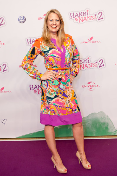 Barbara Schoeneberger Print Dress [hanni nanni 2,cinema,clothing,carpet,red carpet,fashion,flooring,dress,premiere,cocktail dress,barbara schoeneberger,actress,mathaeser,munich,germany,world premiere,hanni nanni 2 world premiere]