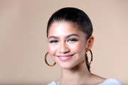 Zendaya Coleman made gray eyeshadow look so chic!