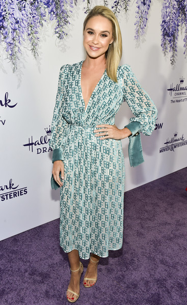 Becca Tobin Strappy Sandals [red carpet,clothing,dress,hairstyle,carpet,premiere,fashion,footwear,long hair,cocktail dress,red carpet,becca tobin,summer tca,residence,beverly hills,california,hallmark channel]