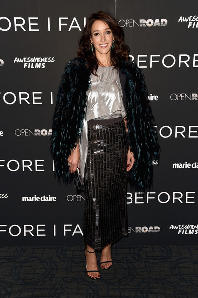 Underneath her coat, Jennifer Beals was all ashimmer in a loose silver blouse by Rohit Gandhi + Rahul Khanna.