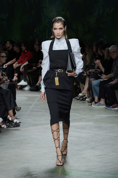 Bella Hadid Gladiator Heels [fashion show,fashion model,runway,fashion,clothing,fashion design,public event,footwear,event,human,bella hadid,versace - runway,runway,milan,italy,versace,milan fashion week,show,milan fashion week spring]