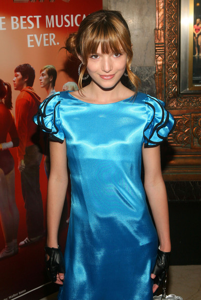 Bella Thorne Sterling Hoops [a chorus line,clothing,fashion,turquoise,hairstyle,electric blue,dress,shoulder,cocktail dress,premiere,fashion model,bella thorne,pantages theatre,california,hollywood,red carpet]
