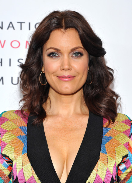 Bellamy Young Medium Curls [hair,face,hairstyle,eyebrow,lip,beauty,chin,layered hair,long hair,brown hair,marne levine,kerry washington,gwynne shotwell,bellamy young,instagram,beverly hills,california,the beverly hilton hotel,women making history awards,spacex]