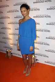 Thandie Newton looked sweet in this aqua bue one-shoulder dress at the premiere.