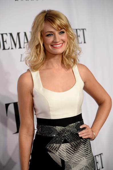 Actress beth behrs attends the 68th annual tony awards at radio city