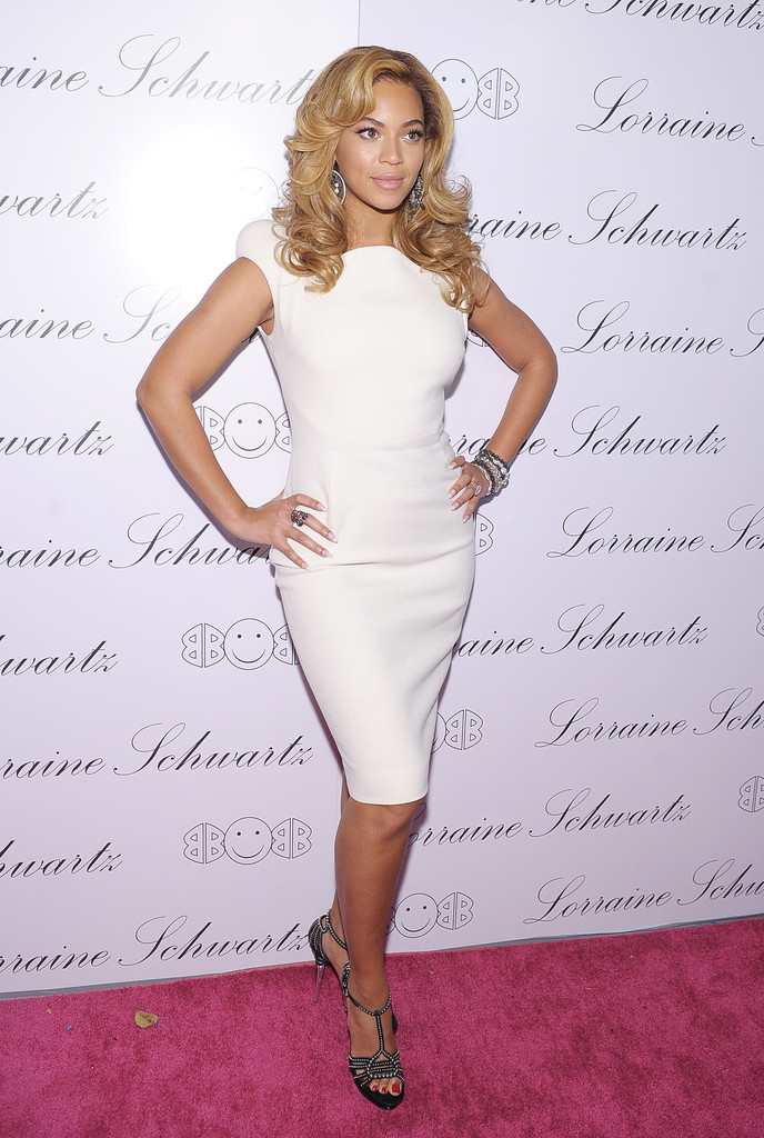 "Actress and singer Beyonce Knowles hosts the launch of Lorraine Schwartz&squot;s ""2BHAPPY"" jewelry collection at Lavo NYC on November 22, 2010 in New York City."