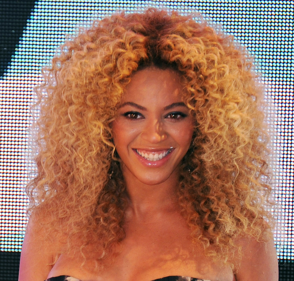 Beyonce with Curly Hair