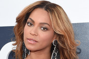 Beyonce Knowles Long Wavy Cut