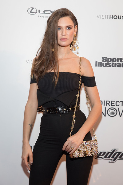 Bianca Balti Chain Strap Bag
