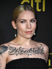 Skylar Grey slicked her hair down into a center-parted ponytail for the Billboard Power 100 event.