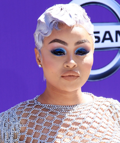 Blac Chyna Finger Wave [hair,face,eyebrow,beauty,lip,head,fashion,hairstyle,chin,forehead,arrivals,blac chyna,bet awards,microsoft theater,los angeles,california]