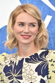 Naomi Watts looked sweet with her short waves at the Venice Film Festival photocall for 'The Bleeder.'