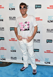 Perez Hilton looked fresh and clean in his white (with splashes of pink here and there) ensemble at the Most Talkative event.