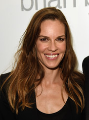 Hilary Swank sported a messy side-parted 'do during Brian Bowen Smith's Wildlife show.