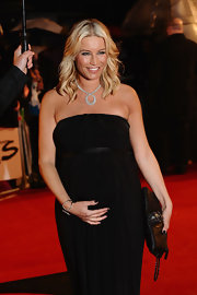 Denise van Outen donned a gorgeous diamond necklace at the Brit Awards.