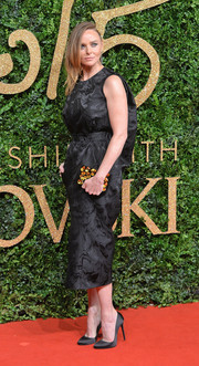 Stella McCartney rocked a humpback LBD at the British Fashion Awards.