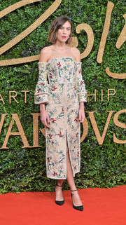 Alexa Chung kept it ladylike in a flower-embroidered off-the-shoulder frock by Erdem at the British Fashion Awards.
