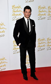 David Gandy looked super sharp in his dapper suit. He paired his look with a sleek skinny tie.