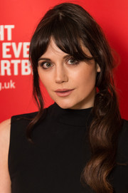 Lilah Parsons wore her hair in a loose side ponytail with sweeping bangs at the British Heart Foundation's Tunnel of Love fundraiser.