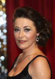 Amanda Donohoe looked darling at the British Soap Awards with her side-swept curls.