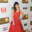 Zooey Deschanel's red Oscar de la Renta number