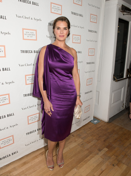 Brooke Shields Evening Sandals [clothing,dress,shoulder,cocktail dress,purple,fashion,hairstyle,fashion design,joint,fashion model,brooke shields,new york city,new york academy of art,tribeca ball]