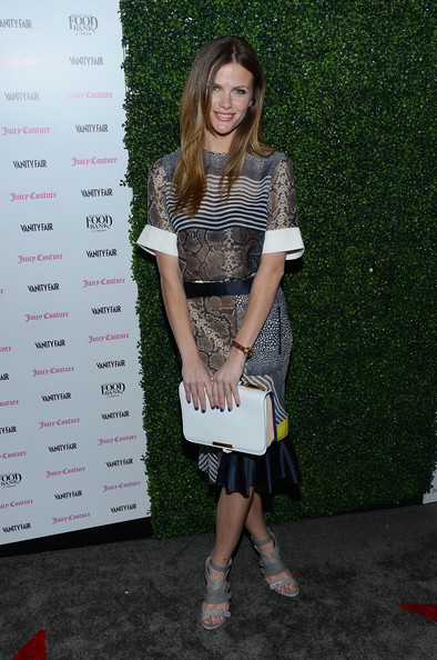 Vanity Fair And Juicy Couture Celebration Of The 2013 Vanities Calendar With Olivia Munn - Arrivals
