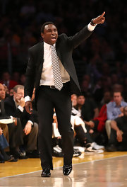 Avery Johnson expressed his emotions on the court in a pale pink diagonally striped tie.
