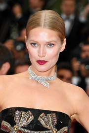 Toni Garrn was perfectly coiffed with this sleek ponytail at the Cannes Film Festival screening of 'Burning.'