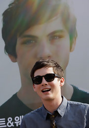 Logan Lerman wore a pair of wayfarers for a cool finish to his ensemble at the Busan International Film Festival.