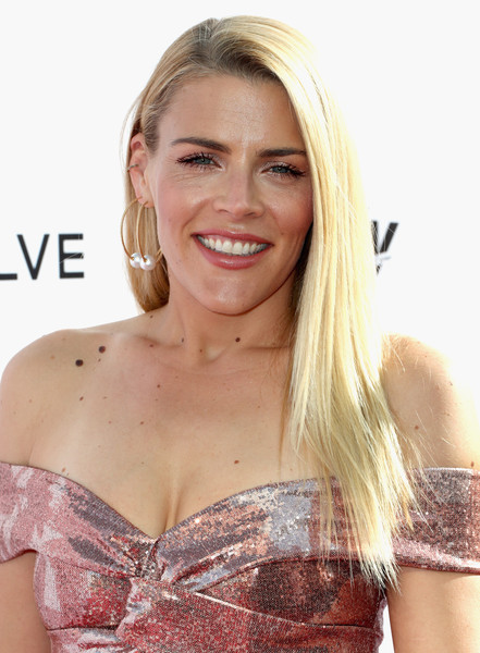 Busy Philipps Layered Cut [hair,blond,hairstyle,beauty,brassiere,long hair,brown hair,shoulder,layered hair,smile,arrivals,busy philipps,west hollywood,california,sunset tower hotel,daily front row,3rd annual fashion los angeles awards]
