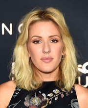 Ellie Goulding wore her hair in casual waves during her Art Basel performance.