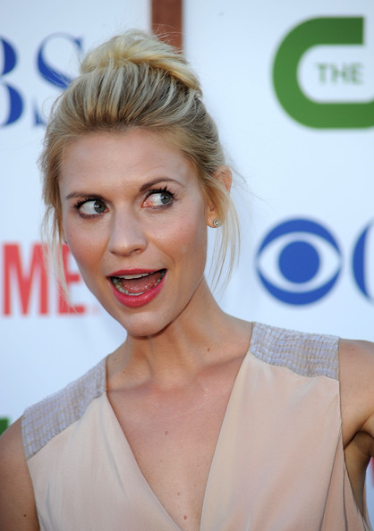 More Pics of Claire Danes Loose Bun (1 of 18) - Loose Bun Lookbook - StyleBistro