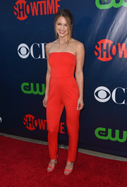 Supergirl actress Melissa Benoist stood out on the red carpet in this lovely jumpsuit.