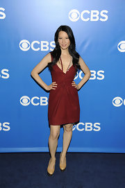 Lucy Liu wore woven pumps featuring metallic platforms.